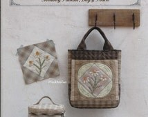 MINAMI KUMIKO 12 Monthly Patterns of Bag and Pouch Japanese Craft Book