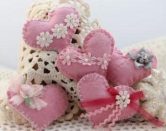 Tiny Vintage Quilt Pink Heart Love Tokens  - (5) Balsam filled folk art, OOAK, Quilted Treasures, Custom Orders