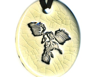 Archaeopteryx Dinosaur Fossil Ceramic Necklace in Cream Crackle