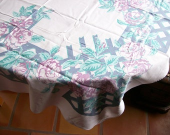 Tablecloth Floral Linens Vintage Cottage Kitchen Dining Table 47 x 52