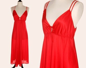 Vintage 70s Nightgown / Red Nightgown / Erica Loren Nightgown