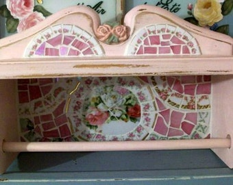 So Chic and  Shabby Pink Display Shelf  with Towel Bar China Rose Mosaic Cottage Chic Home Decor