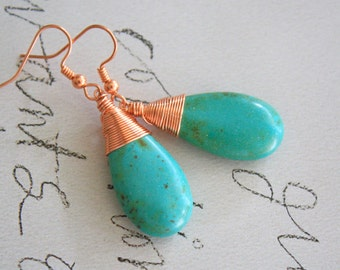 The Queen - turquoise stone earrings