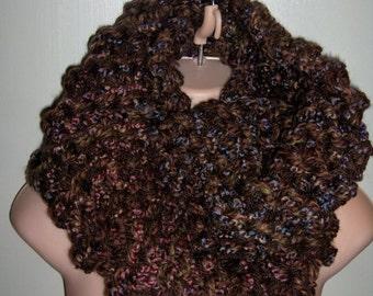 SALE Outlander Sassenach Inspired Cowl, chunky knit, womens cowl, sassenach claire starz , chunky cowl, Outlander Cowl, Outlander Scarf