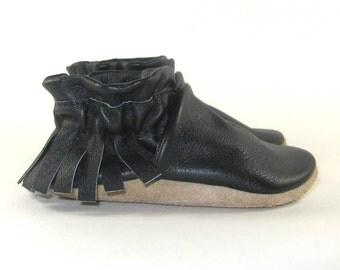 Soft Sole Eco Friendly Black Leather Baby Shoes Moccasins 0 to 6 Month