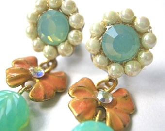 PAIGE cute hand painted drop/ stud bow earrings in peach and milky turquoise/mint with Swarovski crystal