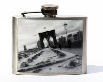 FLASK -  Brooklyn Bridge Black and White - NYC - 4oz Flask
