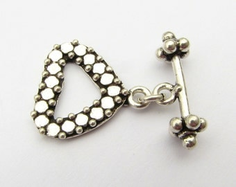 Dotted Fancy Heart Bali Sterling Silver Toggle Clasp with Flat Circle Design (1 set)