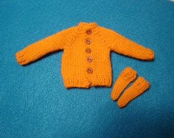 Bright Orange Cardigan Sweater and Socks for Blythe, Pullip and Vtg Skipper