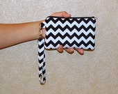 Chevron (Black) - Wristlet Purse with Removable Strap and Interior Pocket