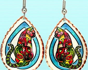 Paisley Cat Earrings in Gorgeous Copper
