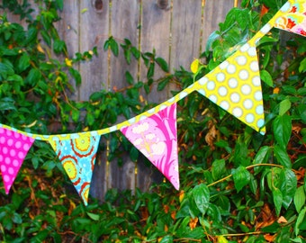 Bunting Banners Whimsy Couture Sewing Pattern Tutorial PDF comes with 4 shapes Instant