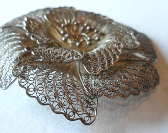 Victorian Era Brooch Spun Silver Filigree Layered Flower Brooch Antique Jewelry