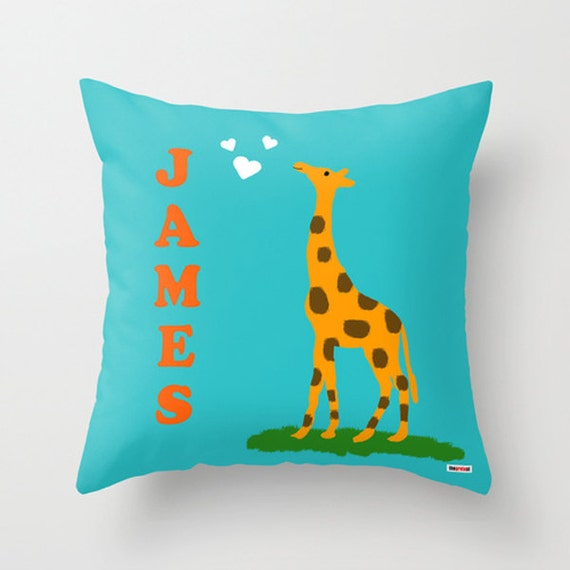 Customized pillow - Personalized - Nursery Giraffe - baby gifts ideas - baby shower decorations - christmas gift ideas - first birthday