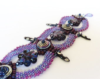 Dark Purple Flowers Beadweaving Bracelet - Peyote Stitch Bead Weaving Bracelet