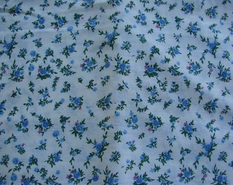 3 1/2 Yards of Vintage Blue Floral Print Cotton Fabric