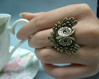 Antique Brass Owl Ring, Victorian Filigree Ring, Adjustable, Fantasy, Chic, Woodland Jewelry