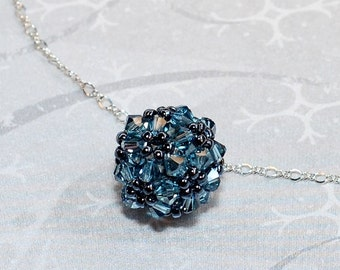 Beading Tutorial Video: Fancy Bead Ball Necklace