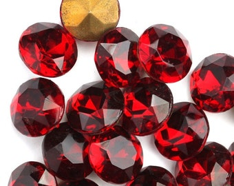 Vintage Glass Stones Pointed Back Chaton 48SS 11.5mm Siam Ruby (8) VGC375