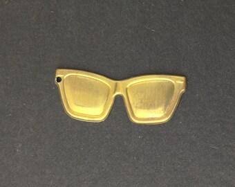 Raw Brass Sunglasses Charm Pendant 32x12mm (6) mtl059