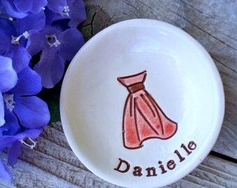 Personalized Bridesmaid Jewelry Gift Dish with Strapless Bridesmaid Dress, Ring Dish, Ring Bowl, Jewelry Dish, Trinket Dish,Bridesmaid Favor