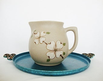 vintage pitcher dogwood flower pigeon forge Tennessee