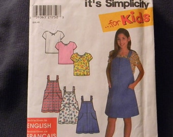 Simplicity Jumper and Top Girls Pattern N 8175, Uncut Mulitsized