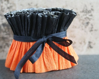 Vintage Halloween Crepe Paper Ruffles - 1950s Black and Orange Stripe Ruffle - Vintage Dennison Primitive Figure Paper Trim - Halloween DIY