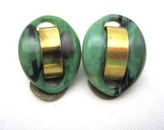 Vintage Retro Clip Earrings - Green Marbled