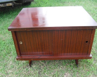 Vintage Mid Century Mahogany Rotating Table TV Records Sliding Cabinet