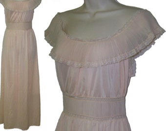 vintage 50s pink nylon Jean Vernon nightgown small 32