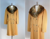 Vintage 1950s camel coat with fur collar