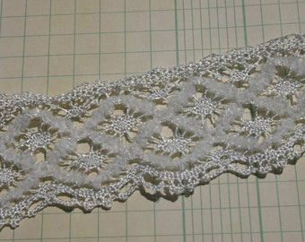 """White Cluny Lace - Wide Fuzzy Pearl Crochet Trim No. 7 - 1 1/2"""" Wide"""