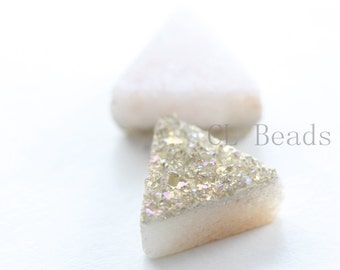 2 Pieces AAA Champange Coated Drusy Quartz Cabochons-Triangle 8x8mm