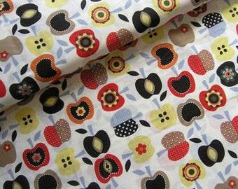 Apple meadow • cream • cotton fabric  0.54yd (0,5m) 001572
