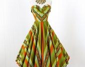 vintage 1950's dress ...fabulous original HERMAN'S CORSET BODICE cotton mexican ethnic chevron full circle skirt pin-up dress