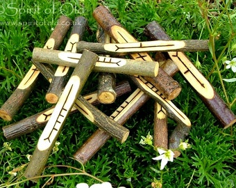 Moon Calendar staves - Druid tree calendar, Wiccan Moon staves, 13 wood staves, carved wooden Pagan runes, lunar meditation set UK, TC001