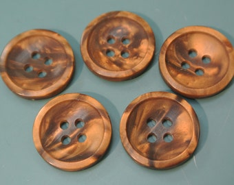 Lot of 5 vintage 1960s unused round flamy swirled nut brown plastic buttons for your sewing prodjects