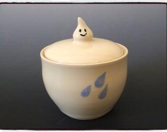 Super Cute Raindrop Jar in White Glaze by misunrie