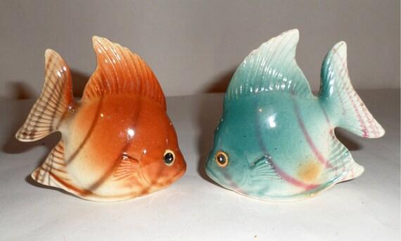 Vintage angel fish salt pepper shakers fish salt shaker for Fish salt and pepper shakers
