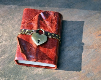 Secret Diary MiniBook A7 Heart & Lock Vintage Red