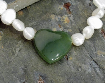 """Bracelet: Beautiful Green Jade Heart with Freshwater Pearls and GF Accents - 8"""" - B12"""