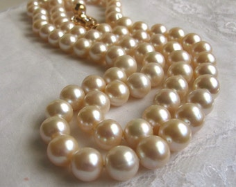 SALE Stunning Lustrous Bold Akoya Sea Pearl Necklace, Large High Luster Long Traditional Pearl Strand,Beautiful Designer Pearl Necklace,9354