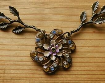 Urban Wildflower Necklace
