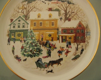 Vintage 1980 Avon Christmas Plate, Wedgwood, Gold Trim, Country Christmas