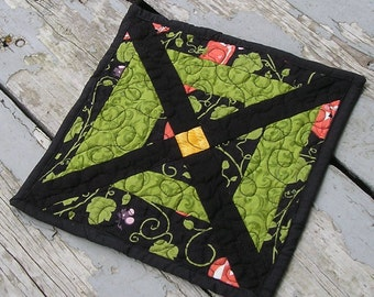 Quilted Halloween Candy / Candle Mat / Table Topper Reversible