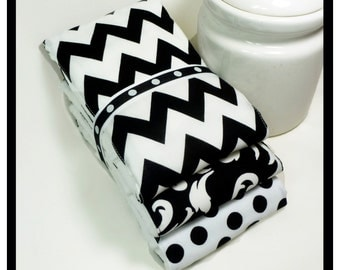 NEW Burp Cloth Set in Classic Black and White - Premium 6-Ply Cloth Diaper Set