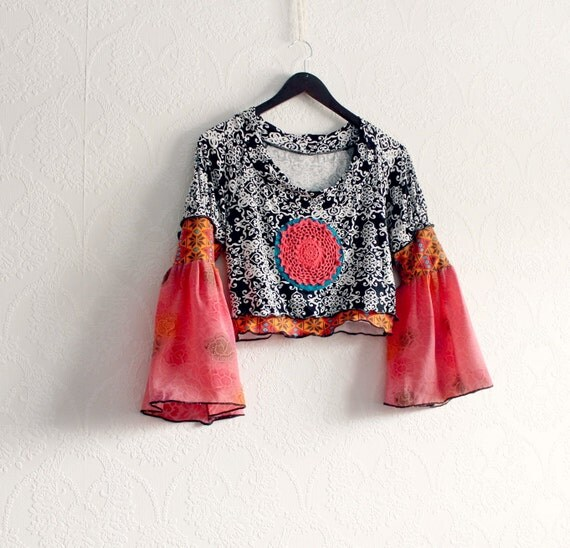 Boho Crop Top Coral Bell Sleeves Black And White Women's