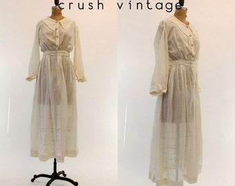 1910s Edwardian Dress XS / 1910 Antique Sheer Lawn Dress  /  Il Vero Amore Gown