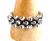Black Skull Bracelet - Unisex Goth Rock Bracelet - Quirky and Kitsch
